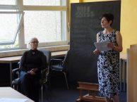 Frau Pentrys mit der Künstlerin