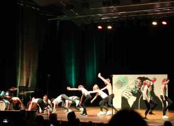 07 die Tanz AG formiert sich