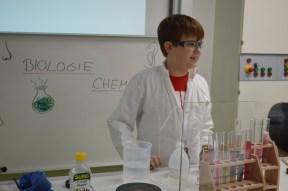 Junger Forscher