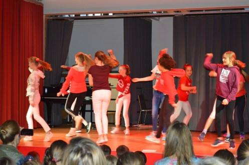 Wahlkurs Tanz (Frau Braun)