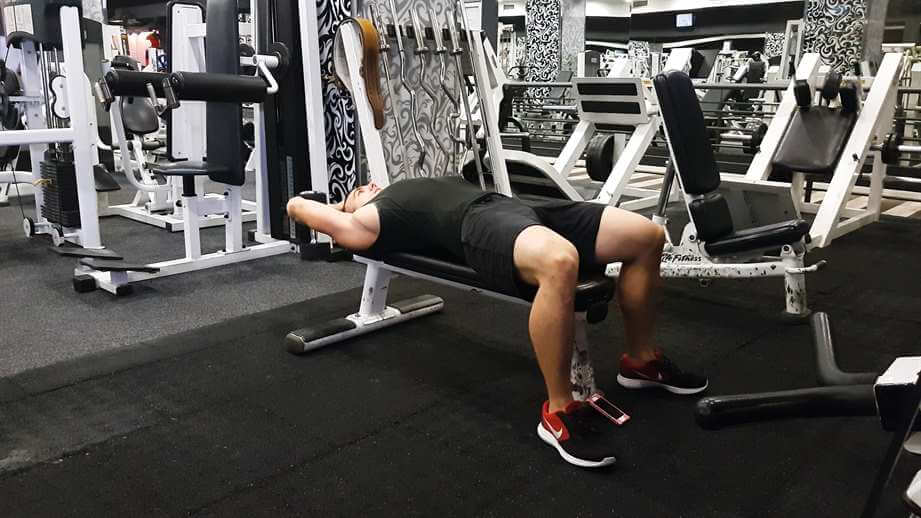 Read more about the article Dumbbell Pullovers