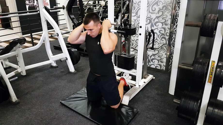 High Pulley Crunches (Cable Crunch)