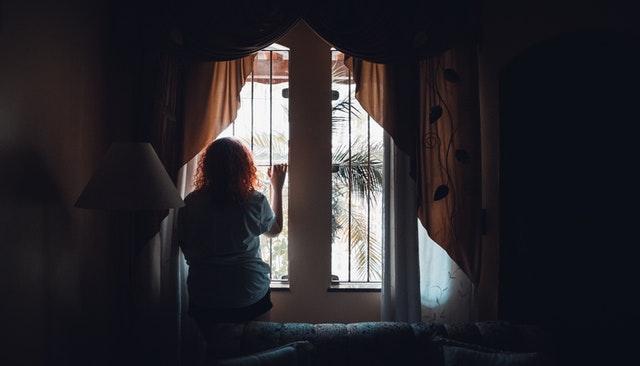 Πόσο πιο μόνοι, νιώθουν οι μόνοι σήμερα;