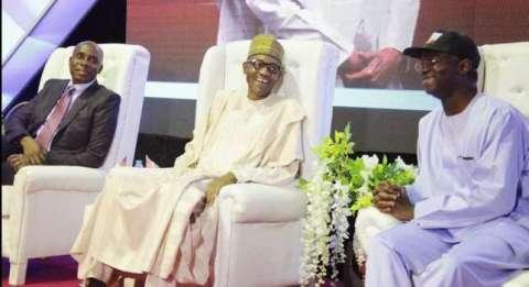 Former River-State Governor Rotimi Amaechi with President Muhammadu Buhari and Former Lagos-State Governor Raji Fashola (Photo Credit: News Wire)