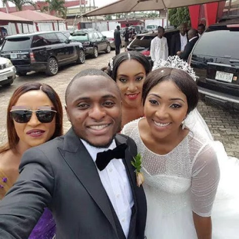 Ubi Franklin & Lilian Esoro White Wedding Photos 00