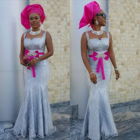 Ubi Franklin & Lilian Esoro White Wedding Photos 24