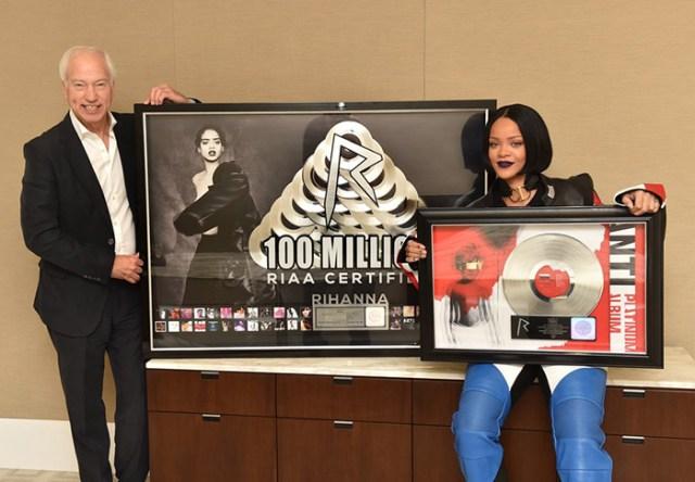Rihanna RIAA Awards