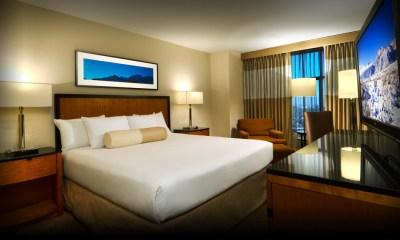 Lady inside Hotel 00