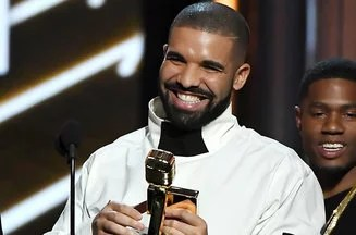 Drake Billboard Music Awards 2017 01