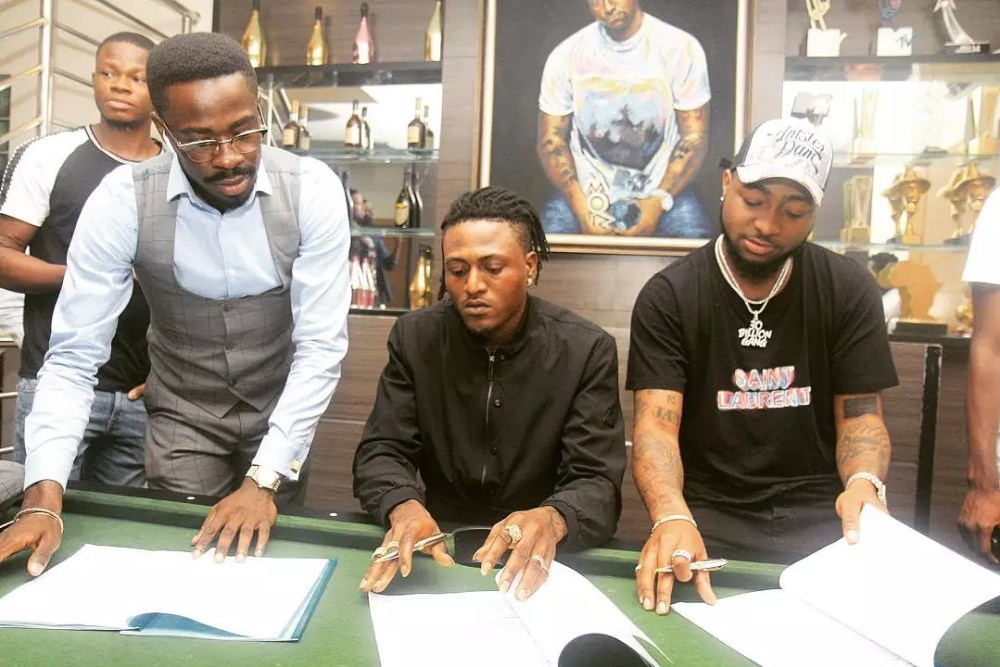 Davido signs New Artist Idowest to DMW 00