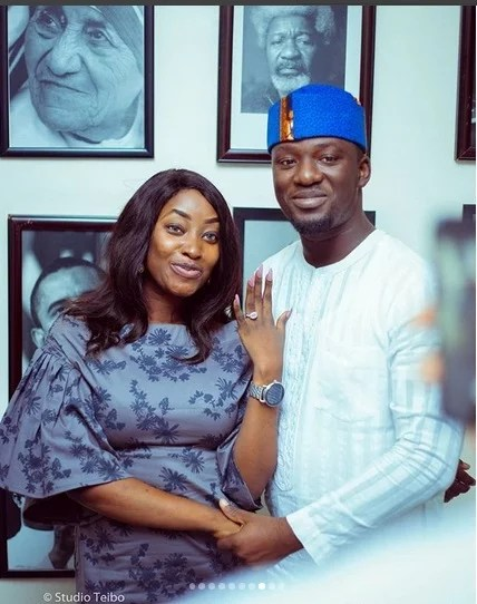 Demola Expoze Proposes to His Girlfriend Adebisi Taiwo 01