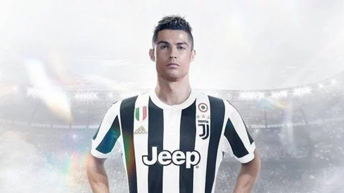Cristiano Ronaldo signs for Juventus 00