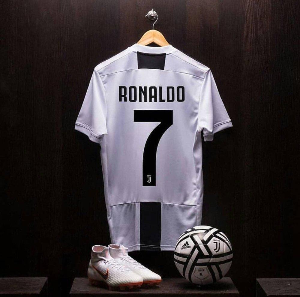 Ronaldo Juventus FC Shirt