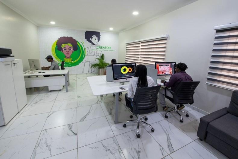 Inside View of Dare Art Alade Deola Art Alade Livespot Multi Million Dollar Office In Lagos 04