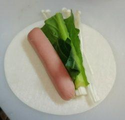 小松菜・えのき・カマンベールチーズ・ウインナー