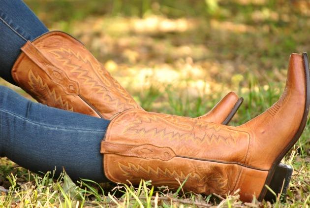 puffer-vest-cowboy-boots