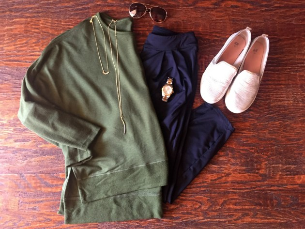 joggers-fall-outfit-sweatshirt