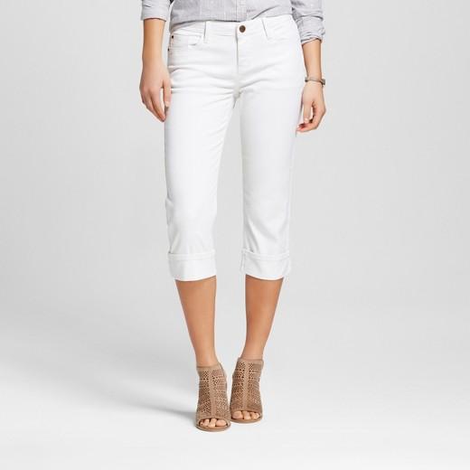 white-capri-jeans