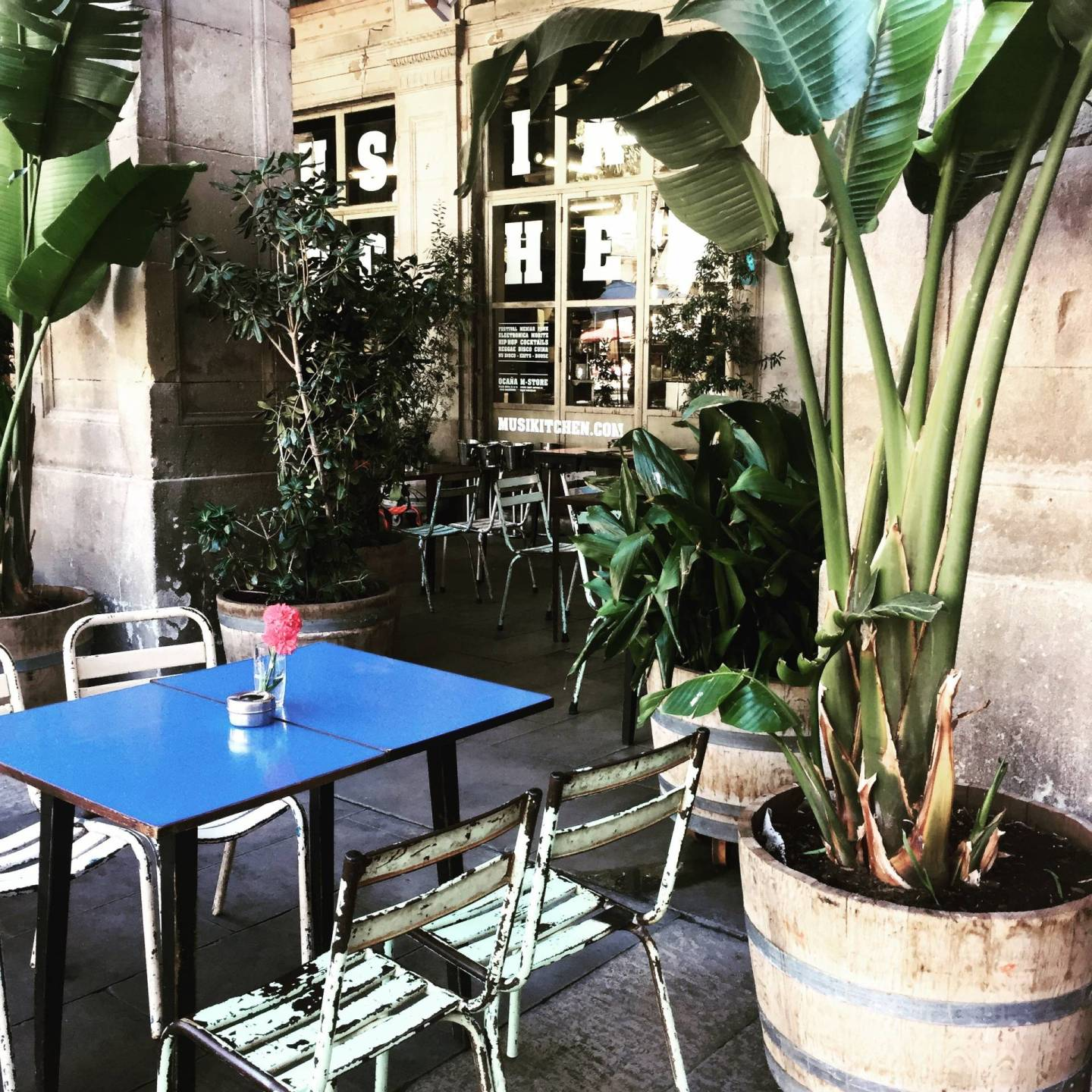 cafe placa reial cute bohemian