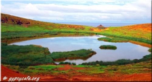 Rano Raraku crater - Vantage Point Lake View (2) - Rapa Nui
