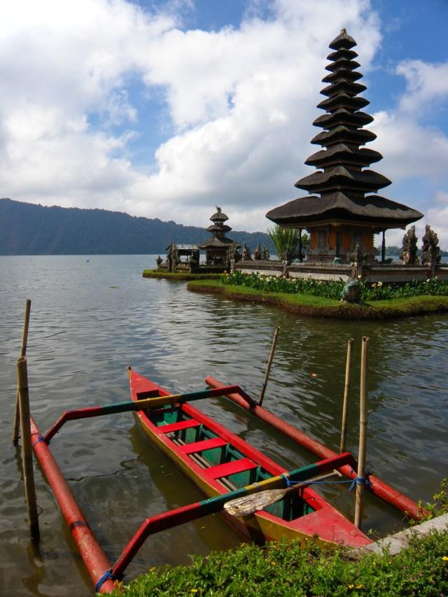 water temple bali