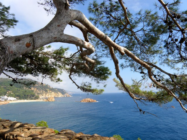 tossa de mar spain sea