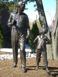 Andy Opie statue web