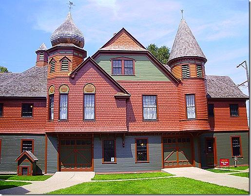 Hacklay carraige house
