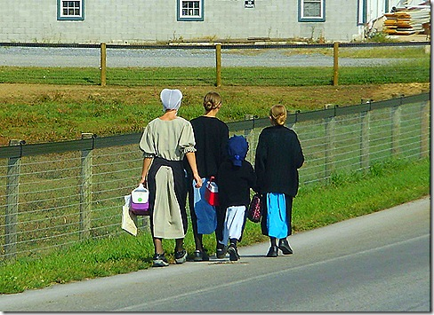 Amish schoolgirls