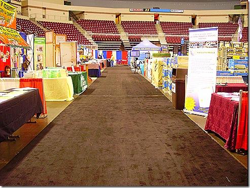 Hershey last day empty aisles