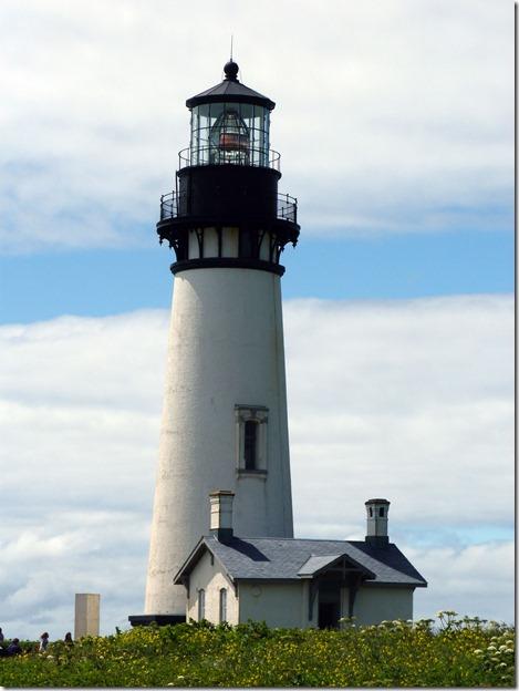 Yaquina Head Lighthouse close 2