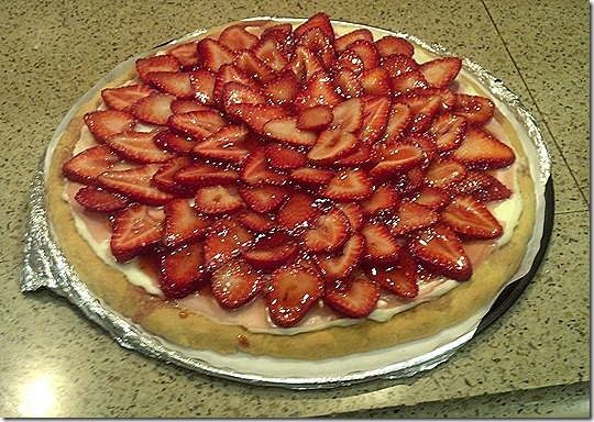 Strawberry pizza 2