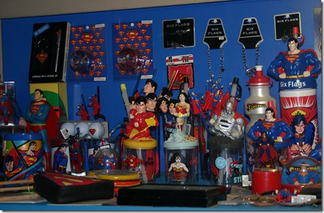 superman display 3