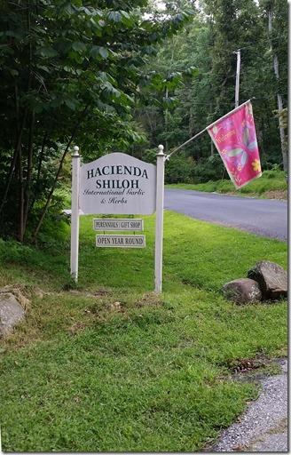 Hacienda Shiloh sign