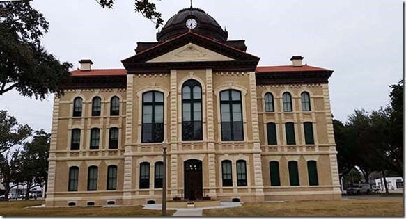 Columbus courthouse small