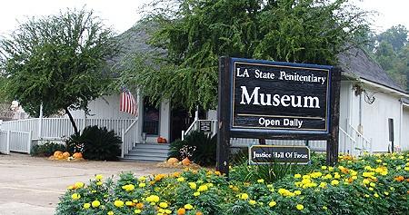 Museum-Building[1]