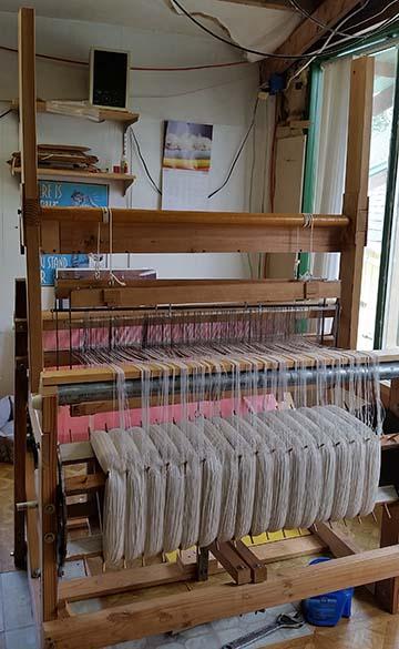 Tall loom small