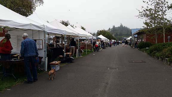 Ilwaco farmers market small