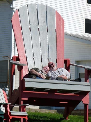 Nick-Greg-big-chair-2[1]