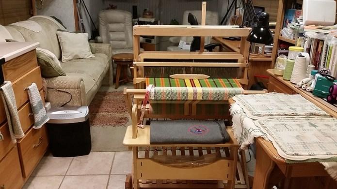 Loom from rear