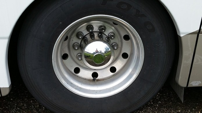 New hubcap on