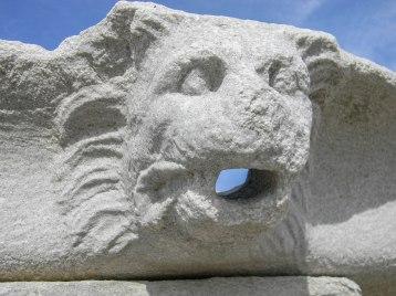 Delos ruins, lion mouth-0377