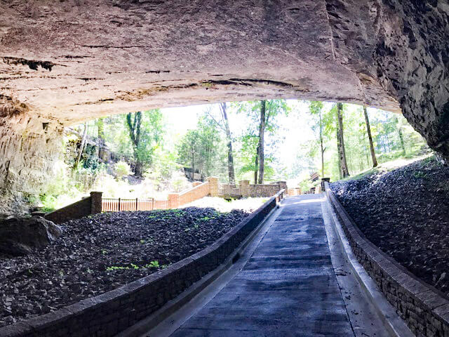 Cathedral Caverns State Park, Alabama, Cave Tour. A US StatePark.