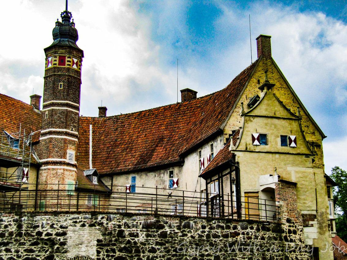 Vischering Wasserschloss, or Burg Vischering, a perfect medieval moated castle, in Ludinghausen, Germany.