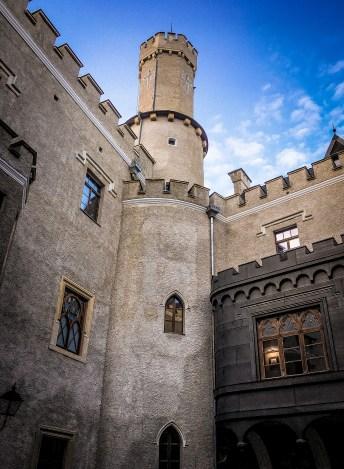 Karpniki Castle