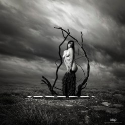 Art Work: Gonzalo Villar - Model: Olga Bellemor - Photo of model: Alex Fomin - E Dina Stock