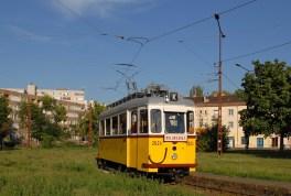 20130704_Straszenbahn_Budapest_historischer_Altbau_2Achser_2624
