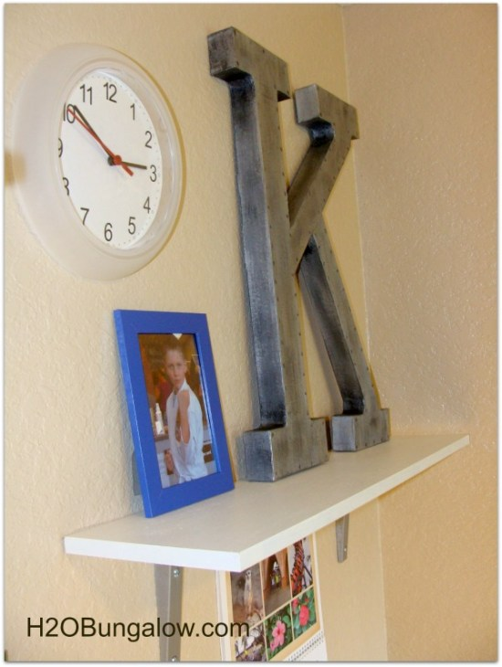 Organize a tween room with shelves