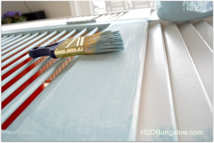 H2OBungalow painting bifold doors to make room divider