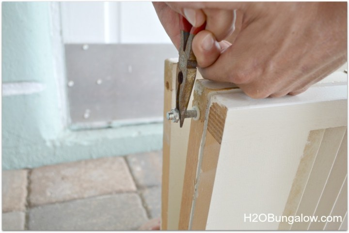 H2OBungalow remove hardware to make room divider with bifold doors